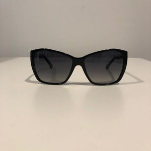 CHANEL Accessories - Chanel polarized sunglasses! Great condition!!!